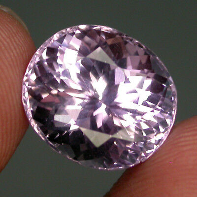 Wonderful 10.25ct 13x12mm Oval Cut 100% Natural Top Purplish Pink Kunzite Brazil