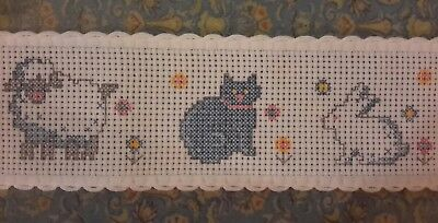 "Zweigart 2"" White Scallop Aida Band X Stitch Fabric 3.1m Printed Cat/Lamb/Rabbit"