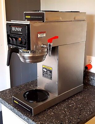 BUNN STF-20 3 S Series 12 cup Automatic Coffee Brewer With Three Burners