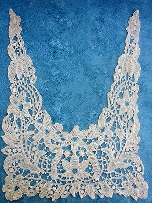 antique handmade Italian GUIPURE LACE Collar excellent condition