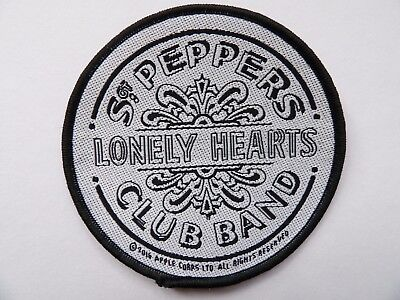THE BEATLES - B/W SGT PEPPER BRAND NEW 9cm SEW-ON PATCH