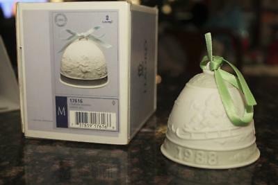 1988 Lladro Retired Winter Christmas Bell #17616 New in Box Retired