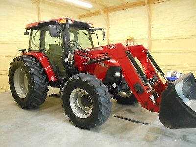2011 Case Farmall 105 U Cab+ Loader+ 4X4 With 1,701 Hours.  Very Nice Tractor