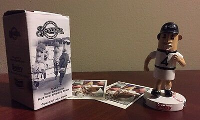 HOTDOG RACING SAUSAGE MILWAUKEE BREWERS Mini Baseball Bobblehead MLB Vtg Klement