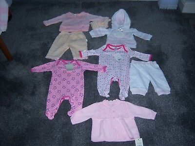 NEW BABY GIRLS CLOTHES BUNDLE.NEWBORN.1-2MTHS.& 1st SIZES TART PRICE.99p.UK ONLY