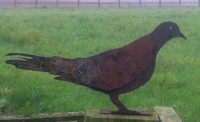 Rusty Metal Dove / Pigeon Fence Post Topper / Garden Silhouette  Ornament