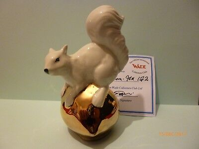 Wade White Squirrel On Gold Acorn Le 20