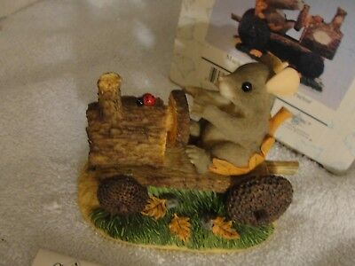 """CHARMING TAILS """"Mackenzie's Putt-Putt Tractor"""" Mouse 85/881 New in Box Fitz"""