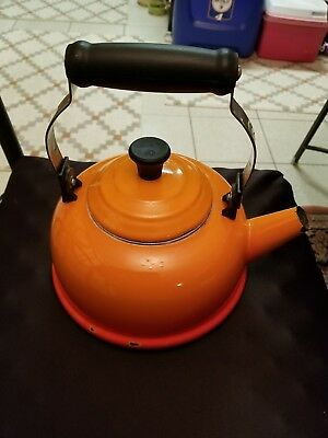LE CREUSET 1.7 Qt 1.6 Litres Orange Enamel Tea Pot Kettle missing whistle spout