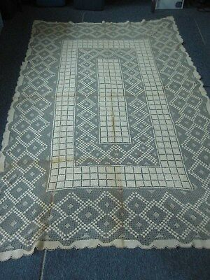 "ANTIQUE LIGHT BEIGE NET LACE TABLECLOTH with FLOWERS 60"" X 88"""