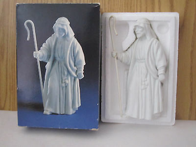 Vintage 1983 Avon Nativity The Shepherd Porcelain Bisque Figurine w/ Box
