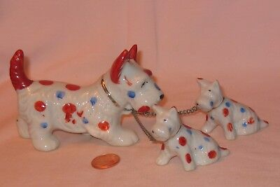 Vintage Ceramic Terrier Dog Chain With Two Puppies; Made In Japan