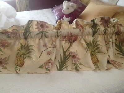 Wavelry Boca Botanical Pineapple Valance