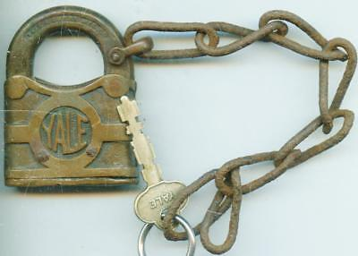 Vintage Antique UNUSUAL YALE LOCK PADLOCK CHAIN work KEY FOR DISPLAY COLLECTION