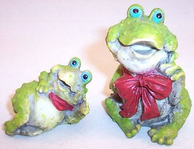 Lot of 2 Pre-Owned Resin Happy Frog Figurines with Red Bows