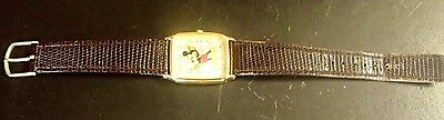 VINTAGE Disney Lorus Regular Numbers Rectangle Mickey Mouse Watch V515-5000