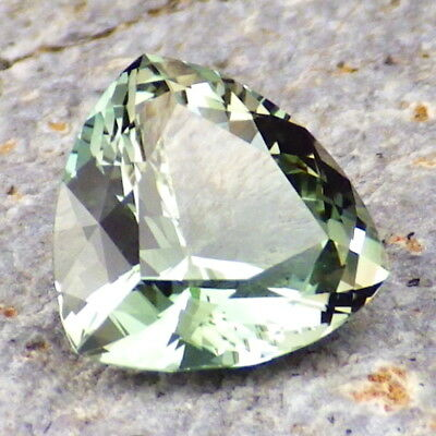 SEAFOAM GREEN-BLUE OREGON SUNSTONE 2.79Ct FLAWLESS-AMAZING-FOR HIGH-END JEWELRY!