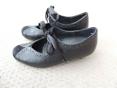 Ladies 'kumfs' Black Leather Shoes Sz 37 W - As New -  Removable Inserts