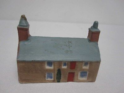 W H GOSS CRESTED CHINA MODEL OF PRINCE LLEWELYN'S HOUSE BEDDGELERT w Rd#