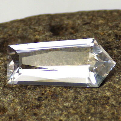 DANBURITE-MEXICO 6.04Ct CLARITY SI1-VERY VERY LIGHT PINK COLOR-PERFECT FACETING!