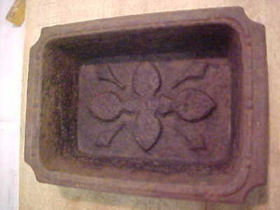 "Antique Cast Iron  8 1/2""Decorated Trough"