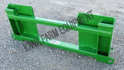 Skid Steer to John Deere 200/300/400 Series Loaders Quick Attach Adapter