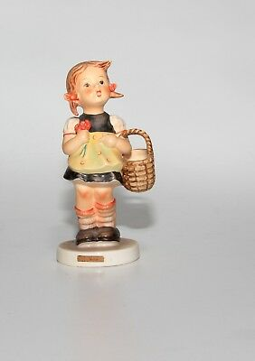 Hummel Figurine, 98, Sister, Large 5.5 Inches.