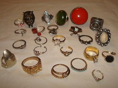 vintage lot of 24 cocktail fashion rings mixed lot