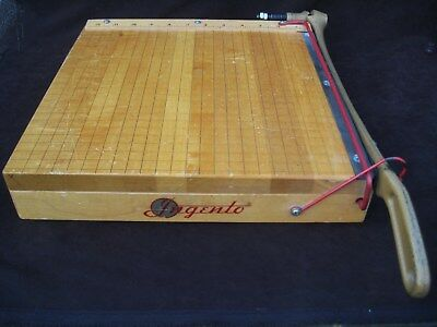 Vintage Ingento No. 4 Guillotine Paper Cutter / Ideal School / Company 12 x 12