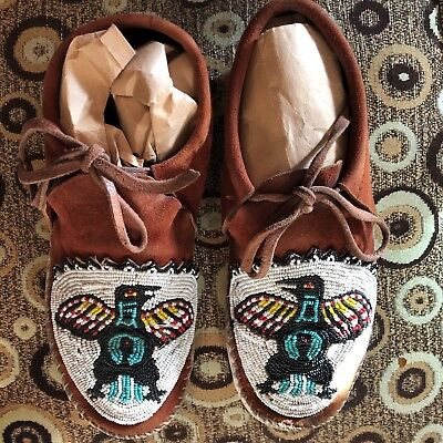 Lovely Native American Beaded Moccasins Vintage Age Unknown Thunderbird Design