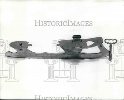 1973 Press Photo Old fashion ice skates which clamped on to the shoes