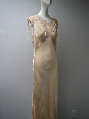 Vtg 1930s Art Deco Pure Silk Blush Pink Colored Long Nighgown Lace Applied Top