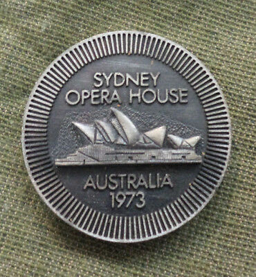 #d346.  1973  Opening  Of Sydney  Opera  House  Medal