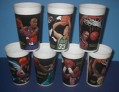 VINTAGE 7 McDONALD'S NBA 1995 LOONEY TUNES PLASTIC CUPS JORDAN BIRD & others NOS