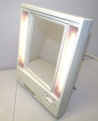 Vintage Clairol True-To-Light Lighted Make Up Mirror Tilt Stand Magnifying, Dual