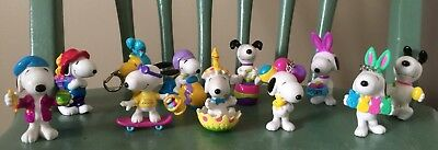 Lot of 11 Snoopy & Woodstock PVC Easter Cake Toppers Keychains Peanuts