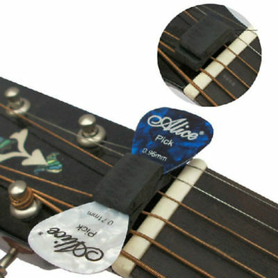 Rubber Dial Slide with 2 FREE Picks HeadStock 0.81mm Guitar Pick Holder