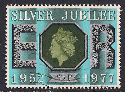 GB 1977 QE2 8 1/2p Silver Jubilee Used Stamp SG 1033.(M851 )