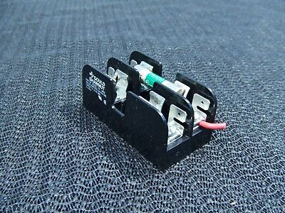Gould Shawmut 30322 Fuse Block with (1) FNQ-5 Buss 500V Time-Delay Fuse