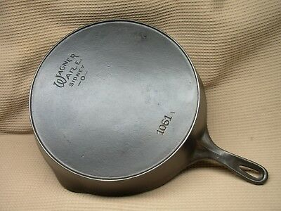 Nice Old Large Vintage Number 11 Wagner Cast Iron Fry Pan Skillet With Heat Ring