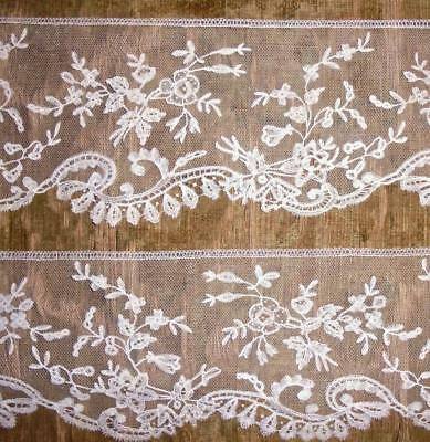 2m EXQUISITE 19th CENTURY BRUSSELS OR HONITON LACE EDGING, ROSES & FLORALS