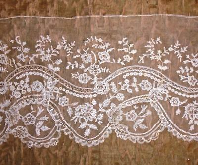 3.29m BEAUTIFUL 19th CENTURY BRUSSELS OR HONITON LACE EDGING, ROSES & FLORALS