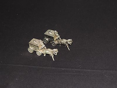 Vintage Metal Salt Pepper Shakers Stagecoach Horse (e498)