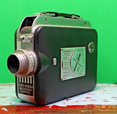 VTG Antique Cine-Kodak Magazine 8 Camera Eastman Ektanon Lens 13mm USA Movie GUC