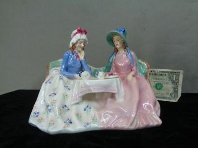 Vintage Royal Doulton AFTERNOON TEA Figurine HN 1747 England EX! NR!