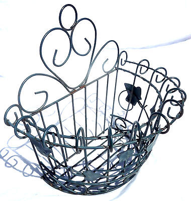 Vintage Cottage Rolled Metal Wire Ivy Hanging Garden Flower Basket Wall Pocket