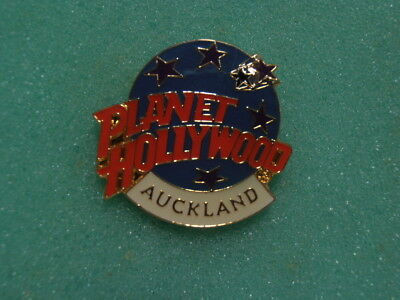 RARE Planet Hollywood AUCKLAND  Blue Globe Stars  Logo Pin