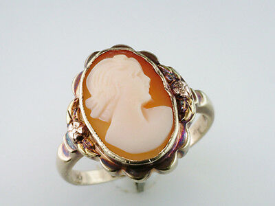 Vintage Antique Cameo Yellow Gold Art Deco Cocktail Ring