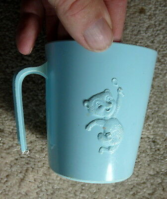 POST SUGAR CRISP CEREAL Vintage 1950s LIGHT BLUE F&F PLASTIC SUGAR BEAR MUG