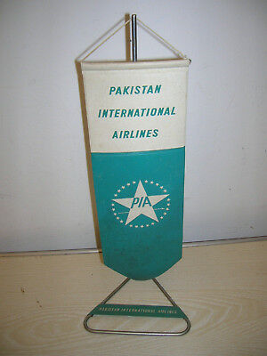VINTAGE - PIA Pakistan Airlines Wimpel & Ständer TABLE FLAG - 60er/70er Jahre